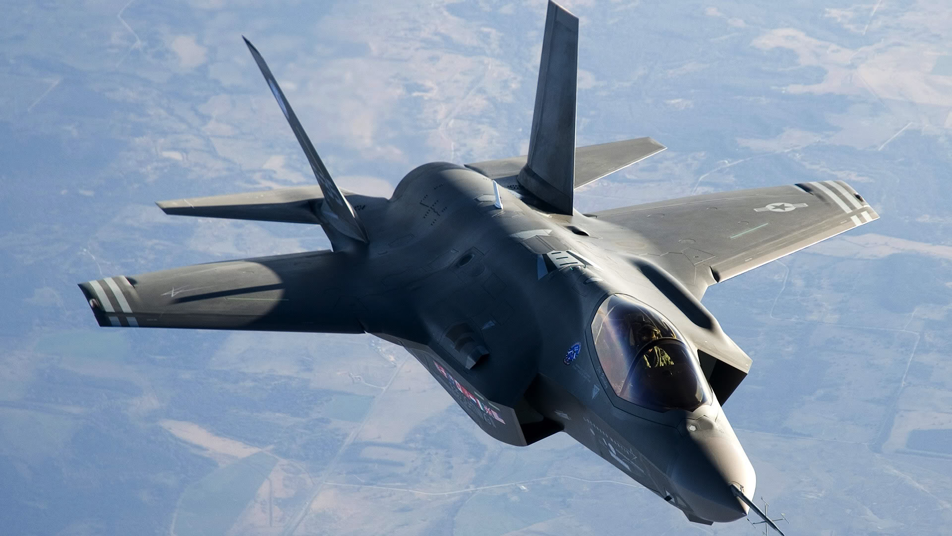 http://someinterestingfacts.net/wp-content/uploads/2013/01/F-35-Lightning-II.jpg