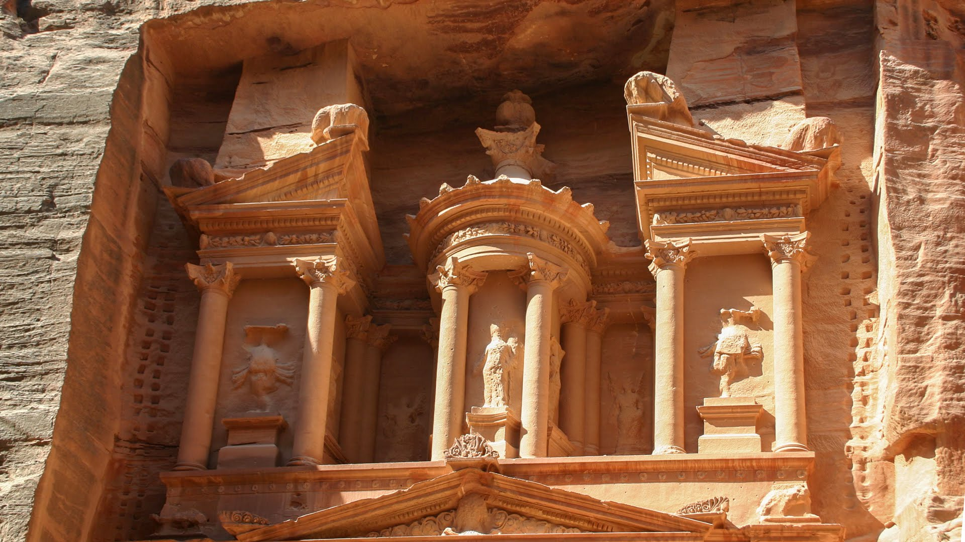 What Materials Were Used To Build Petra