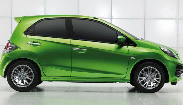 Honda Brio 1.2 side