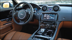 Jaguar XJ AWD Interior