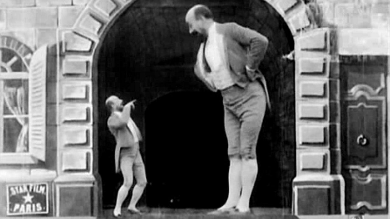 Dwarf giant height madness midget midgit tall